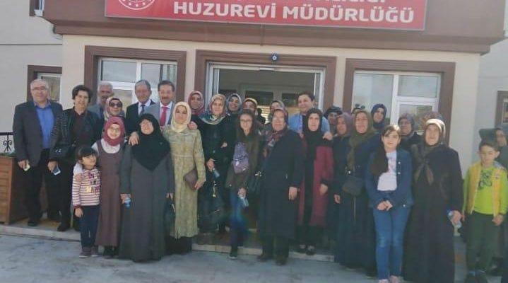 8 Mart Dünya Kadınlar Gününde Huzurevinde birlikteydik.